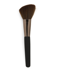 Professional Blush Brush With Soft Touch Handle