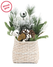 21in Wall Basket With Pinecones & Berries