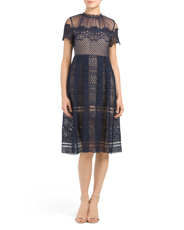 Juniors Mesh Midi Lace Dress
