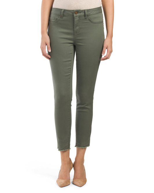 Fray Bottom Skinny Jean