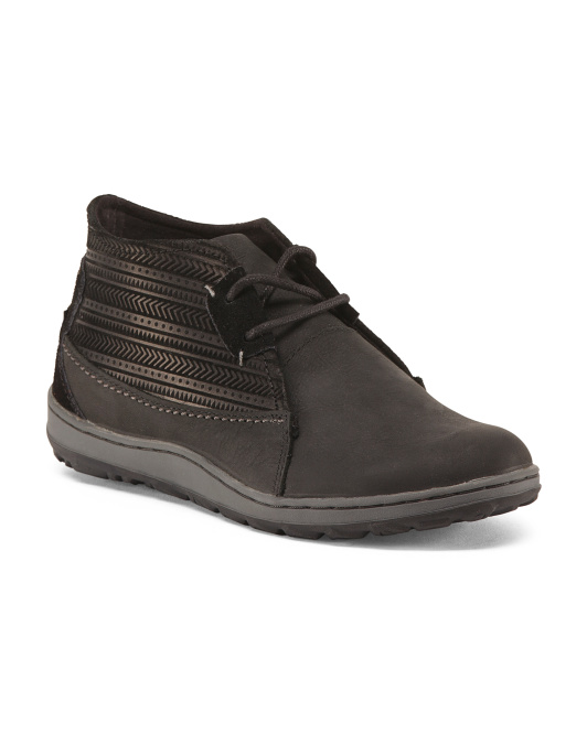 Ashland Leather Chukka Boots