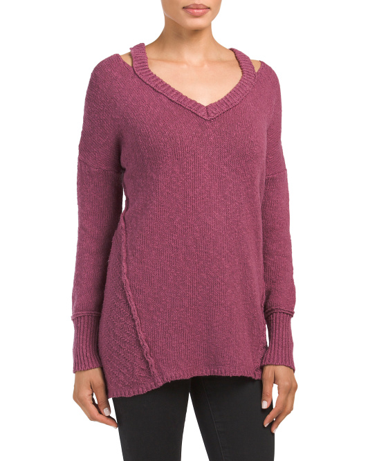 Juniors Split V-neck Pullover Sweater