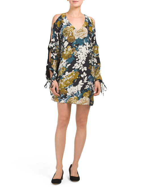 Juniors Floral Shift Dress