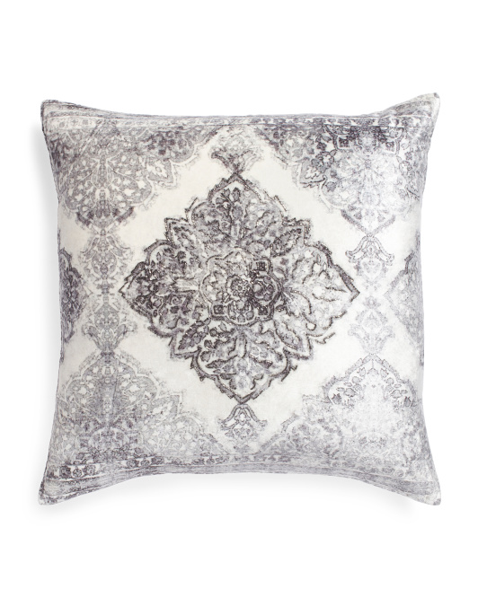 Made In Usa 22x22 Medallion Pillow