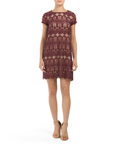 Juniors Short Sleeve Lace Swing Dress