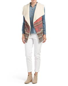 Juniors Sherpa Lined Printed Vest