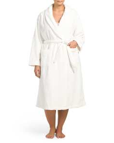 Plus Textured Chenille Robe