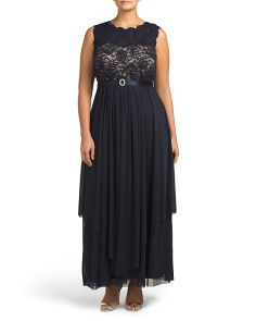 Plus Hankie Panel Lace Gown