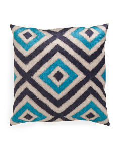 24x24 Velvet Diamond Pattern Pillow