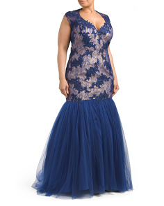 Plus Lace Fitted Gown