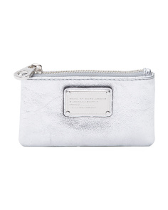 Classic Q Metallic Leather Key Pouch