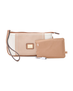 Beechwood Wristlet With Powerbank