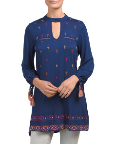 Embroidered Keyhole Front Tunic