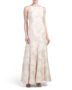 Sleeveless Boat Neck Jacquard Gown