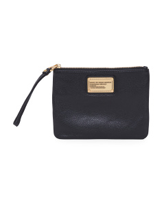Classic Q Leather Wristlet