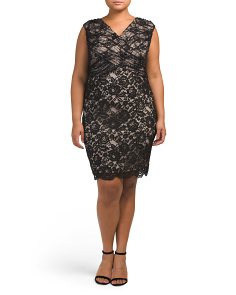 Plus V-neck Fitted Lace Dress