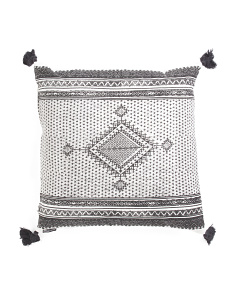 20x20 Center Diamond Pillow