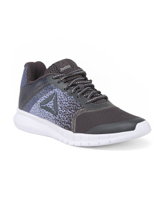 Lightweight Knit Top Running Sneakers