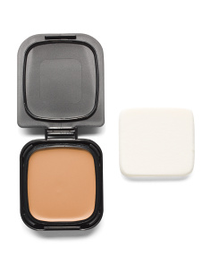 Radiant Cream Compact Foundation With Sponge