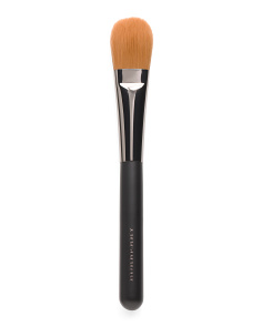 Foundation Brush 04