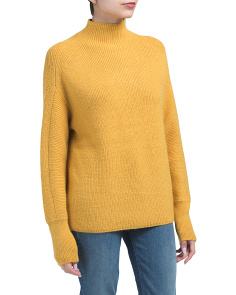 Asymmetrical Detailed Turtleneck Sweater