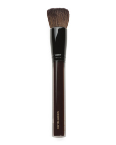 The Soft Buff Powder Brush