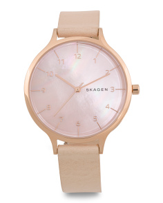 Women's Signatur Mother Of Pearl Leather Strap Watch