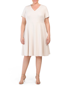 Plus V-neck Short Sleeve Crepe Dress