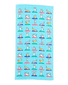 Downward Cat Beach Towel