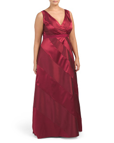 Plus Sleeveless V-neck Gown