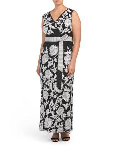 Plus Sleeveless V-neck Floral Gown