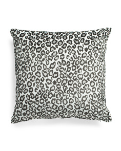 24x24 Oversized Velvet Cheetah Pillow