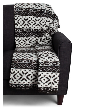 Val Scandi Snowflake Boucle Throw