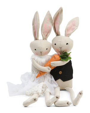 27in Bunny Couple With Carrot
