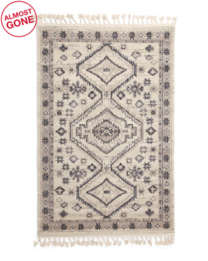 Made In Turkey 4x6 Looped Boho Tassel Scatter Rug