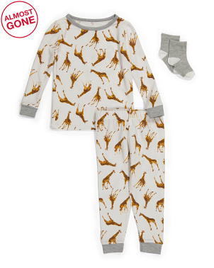 Baby Boys Giraffe Sleep Set With Socks