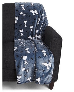 Snoopy Poses & Paws Printed Throw