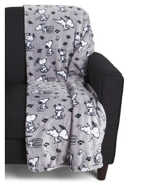 Poses And Paws Printed Throw